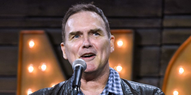 Norm Macdonald mourned by 'Saturday Night Live' family ...
